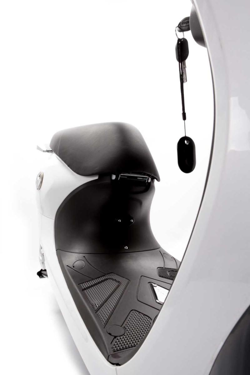 Elektroroller / Mofa Gekko V3- 2000 Watt, 45 km/h, STVZO
